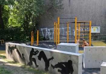 Połączenie street workout parku i parkour parku w Katowicach - FlowParks