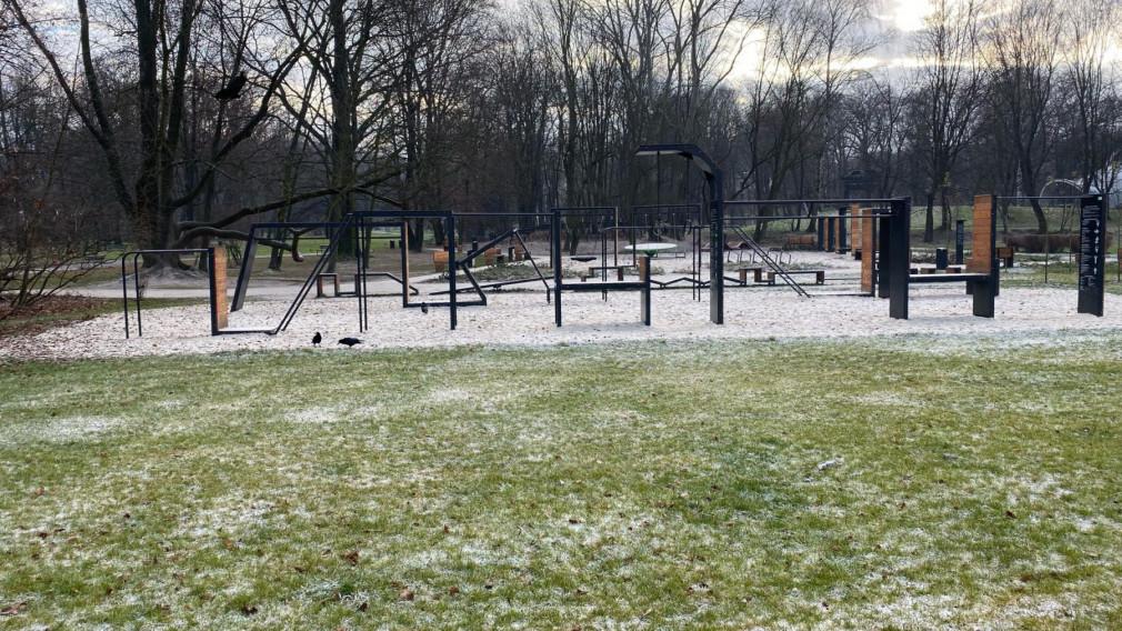 Obiekt sportowo - rekreacyjny - Park Decjusza Kraków