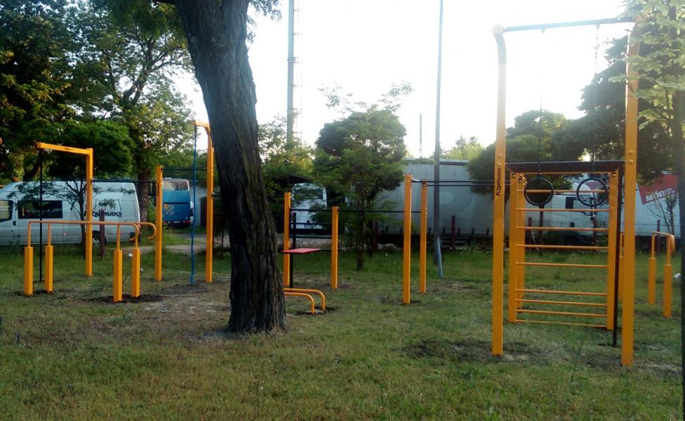 Miejsce do treningu podstaw street workoutu